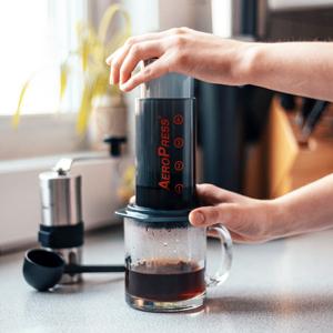 AeroPress coffee maker, AeroPress, French press