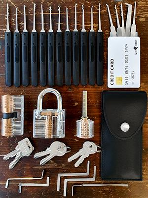 Juego de Ganzúas 30 Piezas + 3 Candados Transparentes para Prácticas y Tarjeta de Crédito con Ganzúas Set de Herramientas LockCowboy + Regalo: Guía ...