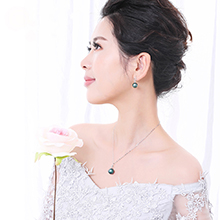 Pearl Necklace 3
