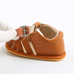 baby girl sandals size 4