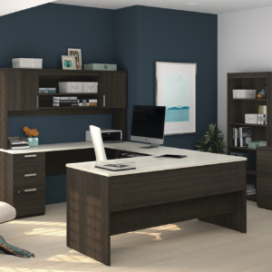 Clean and well organized office