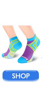 Low-cut compression socks purple