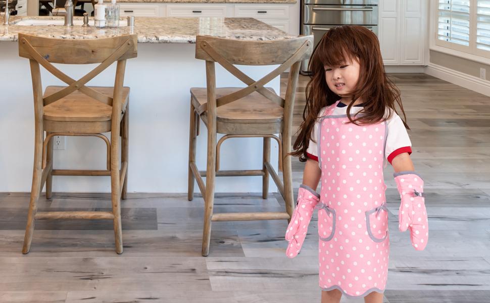 NEOVIVA Kids Apron and Child Oven Mitts Set for Girls