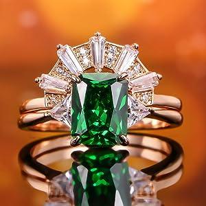 White Crown Wedding Rings Set