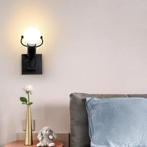 Créative Little Iron Man Wall Light