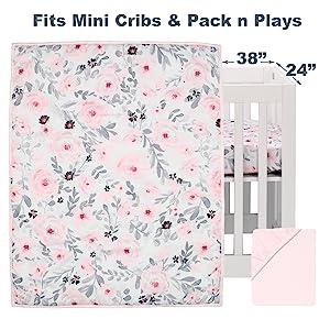 Blossom Mini Crib Bedding Set