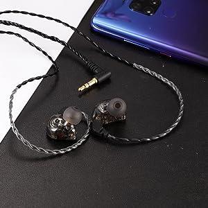studio earphones