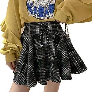black plaid pleated skirt