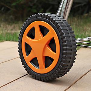 Extra große Räder sorgen für ruhige Bewegung und Stabilität im Stehen