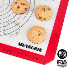 bpa free food grade silicone mat for cookies macaroons with measurements on edges