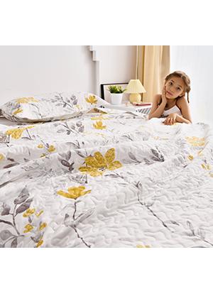 Reversible quilt bedspread