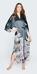 KIM+ONO Women's Silk Kimono Robe Lotus Nightshadow