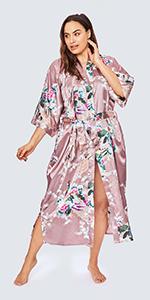 KIM+ONO Women's Curve & Plus Size Satin Polyester Peacock & Blossoms Mauve