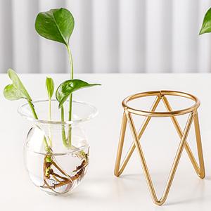 rose gold planter
