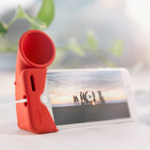 Phone stand apmlifier