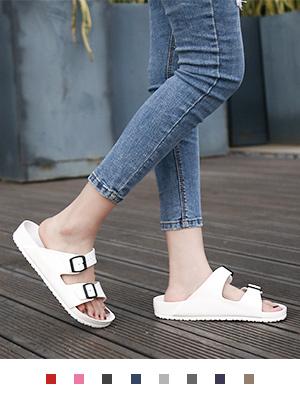 women buckle sandals