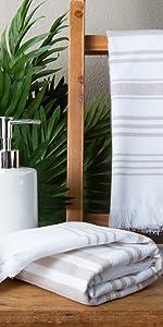 bath hand towel