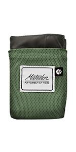 green pocket blanket
