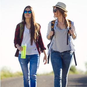 walking traniers women