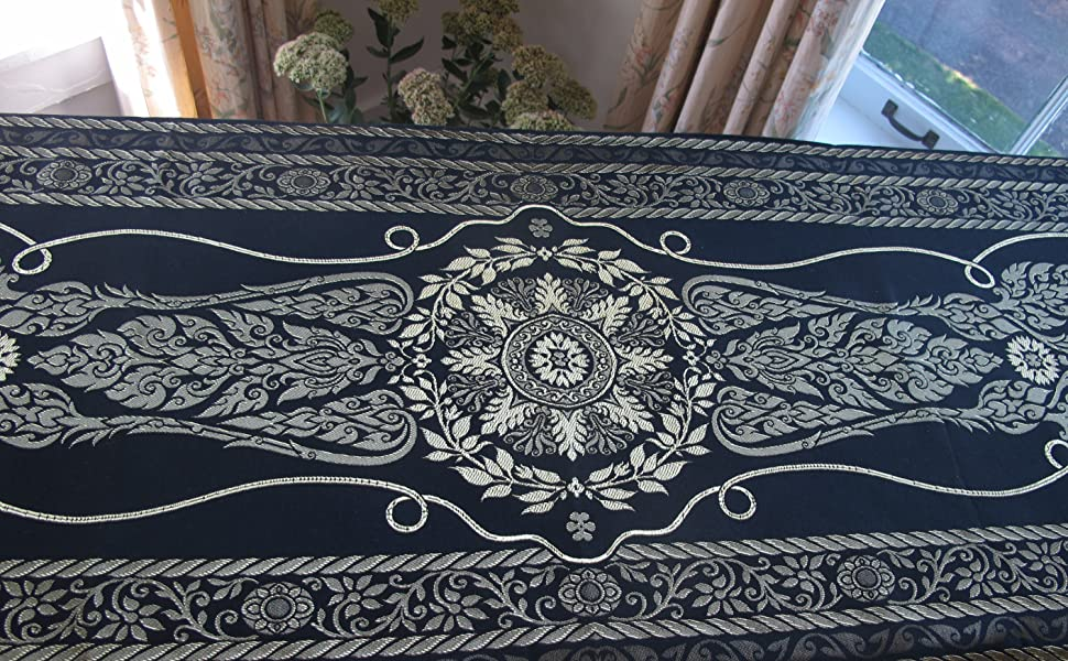 LST large gold bed scarf