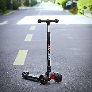 allek scooter B02 black kick push 3 wheel flashing