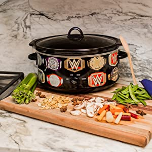 Uncanny Brands WWE Championship Belt 7 QT Slow Cooker- Removable Ceramic Insert Bowl