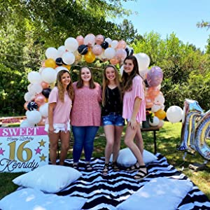 birthday balloon arch