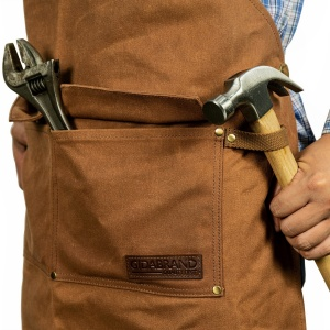 tool pocket with flaps