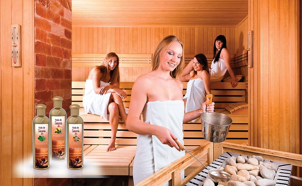 Le plaisir d'un bain de sauna aux huiles essentielles