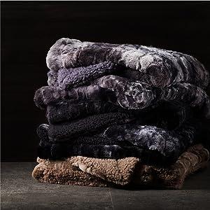 Faux Fur Reversible Tie-dye Sherpa Blanket 3