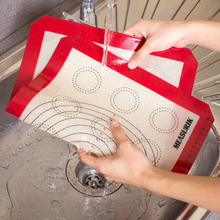 easy to wash dishwasher safe baking mats made with food grade silicone