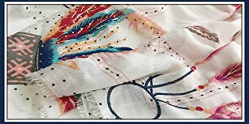 the details of feather scarf