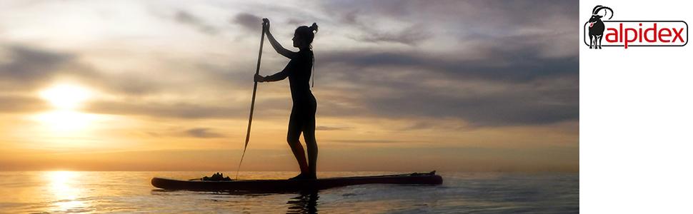 Banner Stand Up Paddle auf Wasser mit Sonnenuntergang