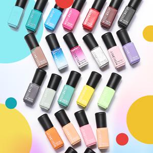 Bottles Show Colors