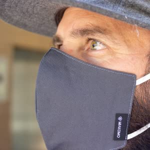 Gray facemask