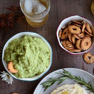 Seasoned Pretzels;flat pretzels;Vegan Pretzel;Chip snacks;pretzel chips;pretzel thins;Baked chips;