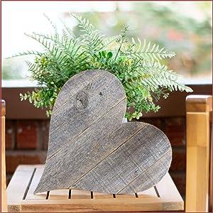 BarnwoodUSA Rustic Wooden Heart Decor Mounted