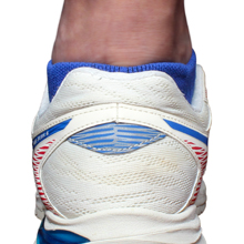 Medium thickness, suitable for all seasons. Prevent heel friction, blisters. Protection arch ankle
