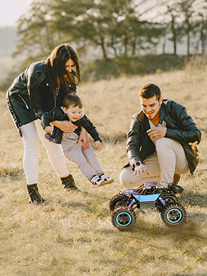 family play with the blue rc car