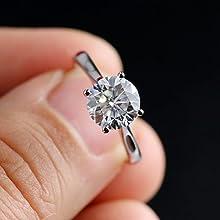 Solitaite moissanite diamond rings