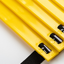 Durable agility ladder rail: thicker 0.2in high-strength pp material.