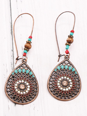 VINTAGE STATEMENT EARRINGS : Belongs to vintage antique styles,