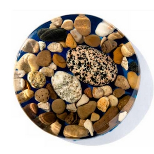 Rocks cast in WEST SYSTEM 105 Resin/207 Special Clear Hardener