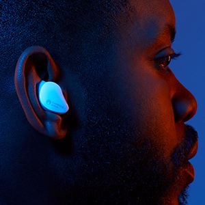 Noise isolating earbud fit