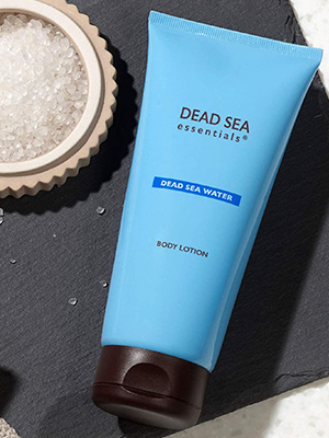 designed elevate skin's moisture levels this quick-absorbing hydrating body lotion is mineral water