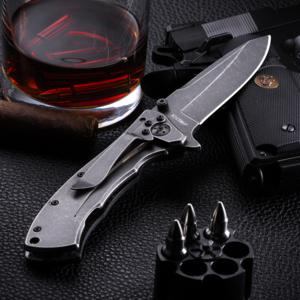 Perfect black handle pocket knive