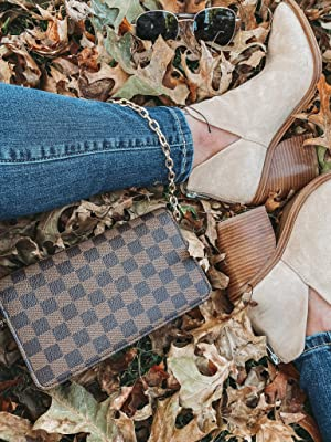 Details about  /Women/'s Pointed Toe Stacked Mid Heel Ankle Boots V Cut Back Zipper Faux Leather