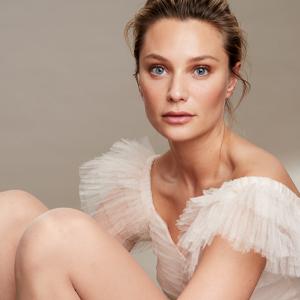 Vogue Sheer