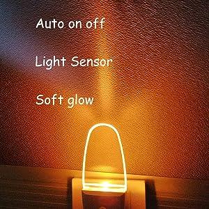 Nachtlampje met amberkleurige sensor