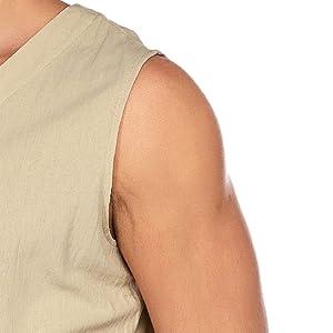 sleeveless line top